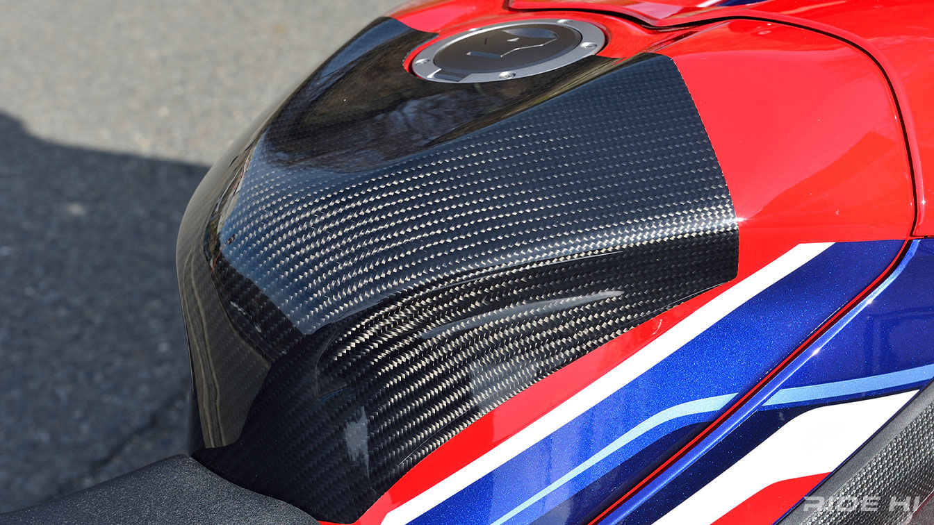 magicalracing_cbr1000rr-r_210315_03.jpg