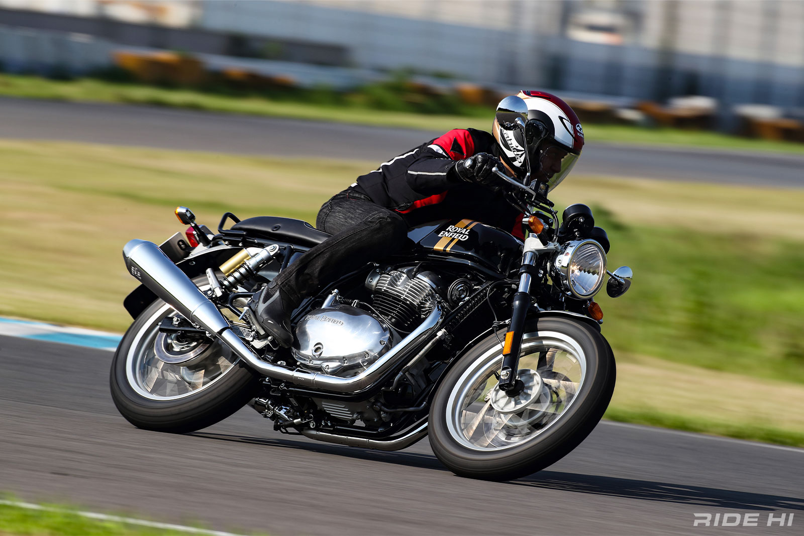 royalenfield_int650-gt650_201228_04.jpg